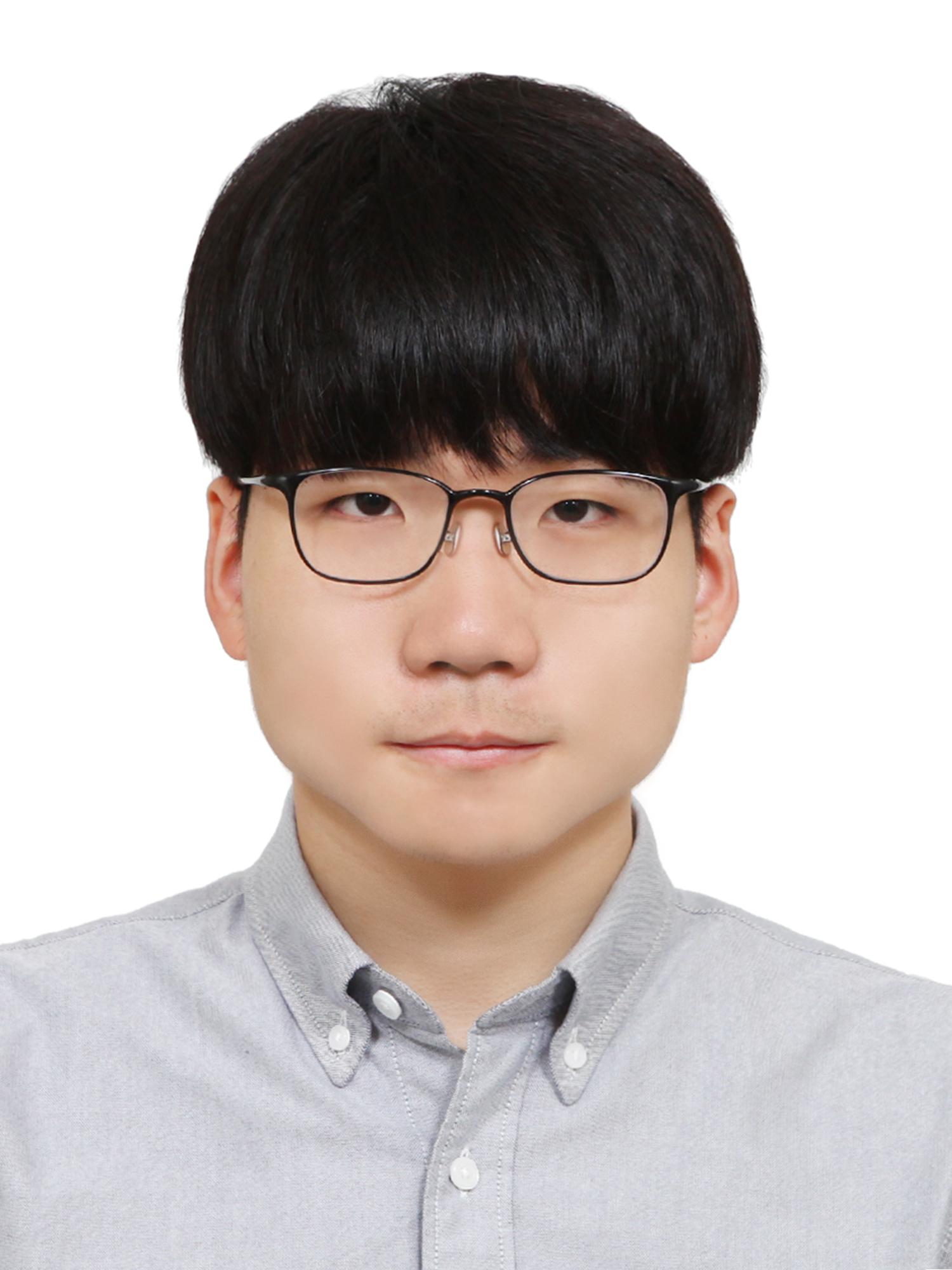 윤희성_증명.jpg